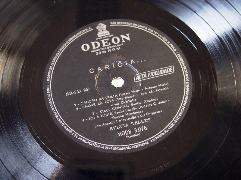 Sylvia Telles ♪ Carícia ♪ Odeon MODB 3076 Mono